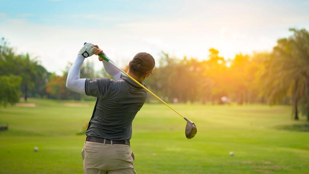 ゴルフを する ゴルフのコツ
